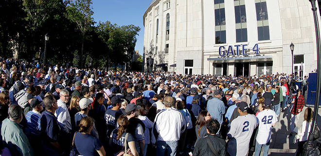 Mariano Bobblehead Giveaway Line