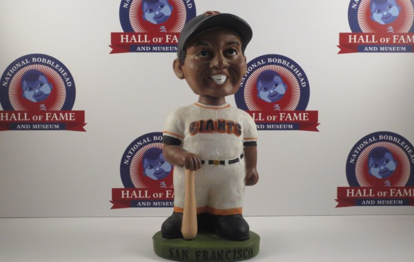 Willie Mays – 1999 Giants Giveaway